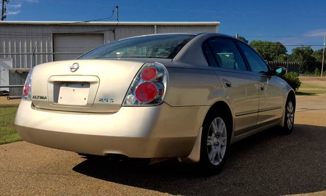 2005 Nissan Altima for sale at NextCar in Jackson MS
