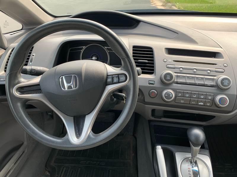 2009 Honda Civic LX 4dr Sedan 5A - Farmington MN