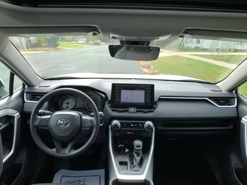 2019 Toyota RAV4 XLE 4dr SUV - Farmington MN