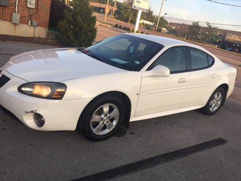 2008 Pontiac Grand Prix for sale at STL AutoPlaza in Saint Louis MO