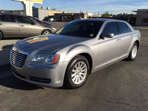 2014 Chrysler 300 for sale in Clovis, CA