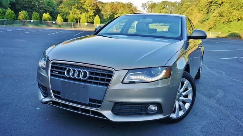 Luxury 2009 Audi A4 2.0 T Quattro Premium Plus