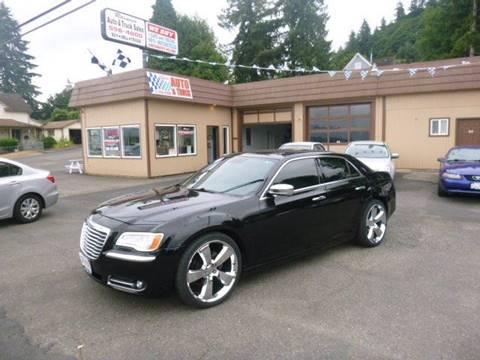 2012 Chrysler 300 for sale in Rainier, OR