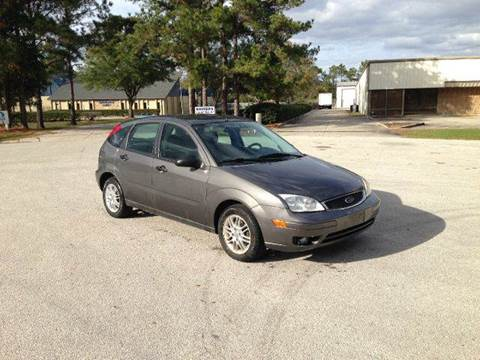 2005 Ford Focus for sale at Global Auto Exchange in Longwood FL