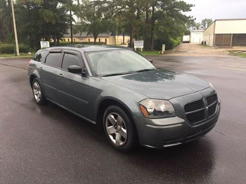 2005 Dodge Magnum for sale at Global Auto Exchange in Longwood FL