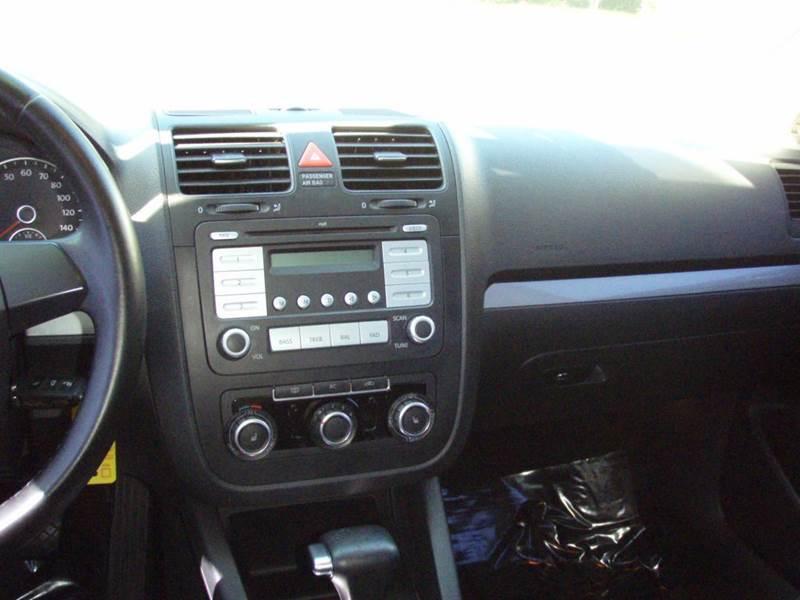 2010 Volkswagen Jetta SE 4dr Sedan 6A - New Smyrna Beach FL