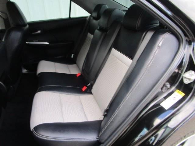 2014 Toyota Camry SE 4dr Sedan - Arlington TX