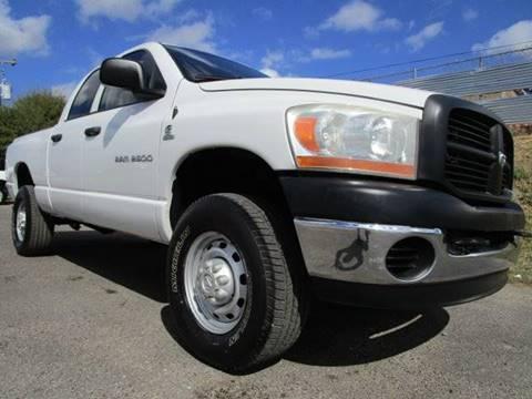 2006 Dodge Ram Pickup 2500 for sale in Arlington, TX