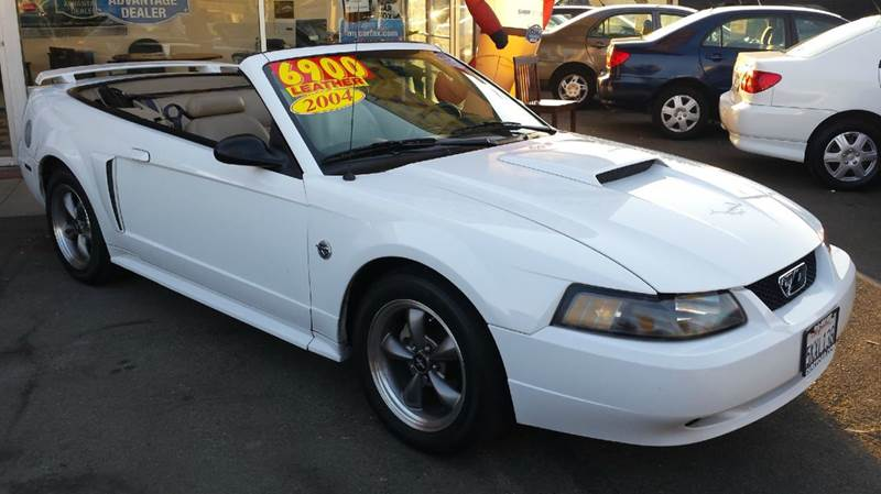 2004 ford mustang gt deluxe 2dr convertible in sacramento. Black Bedroom Furniture Sets. Home Design Ideas