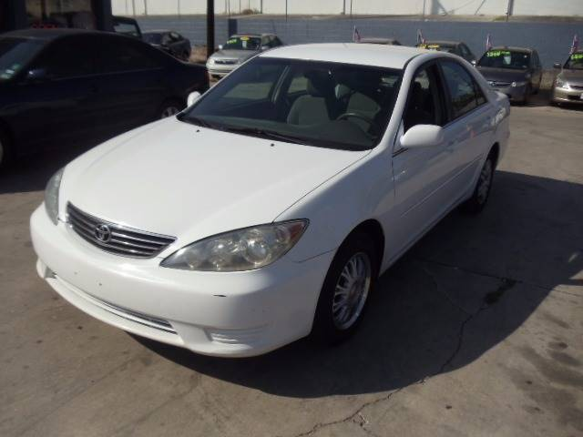 2006 Toyota Camry for sale at AMD AUTO in San Antonio TX