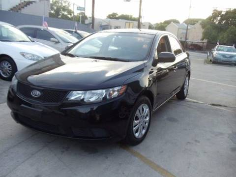 2010 Kia Forte for sale at AMD AUTO in San Antonio TX