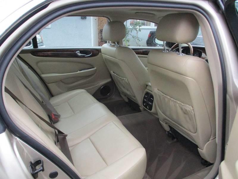 2005 Jaguar XJ-Series XJ8 L 4dr Sedan - Van Nuys CA