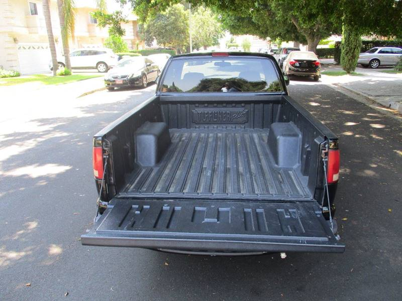 2001 Chevrolet S-10 2dr Extended Cab LS 2WD SB - Van Nuys CA