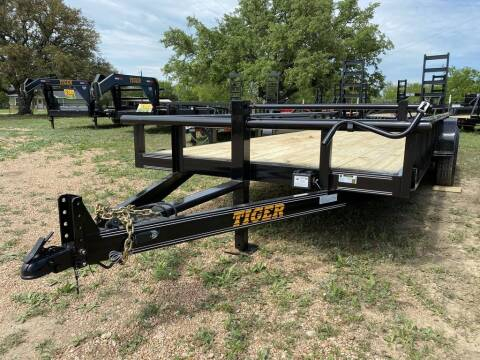 """2021 TIGER  - Equipment 83"""" X18' -H. for sale at LJD Sales in Lampasas TX"""