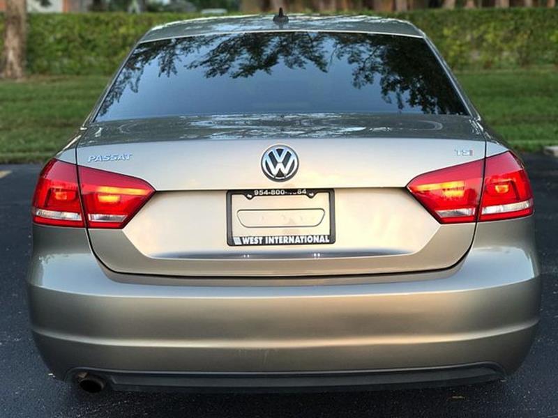 2015 volkswagen passat 1.8t limited edition sedan 4d