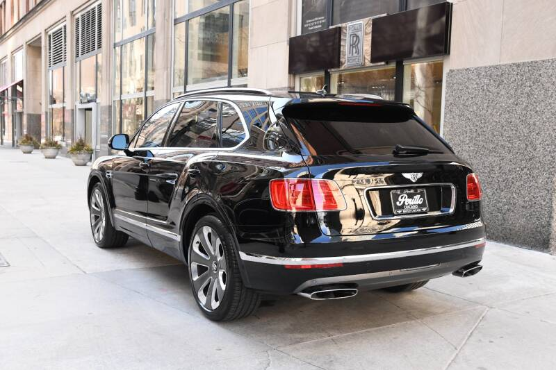 2018 Bentley Bentayga Mulliner Edition (image 7)