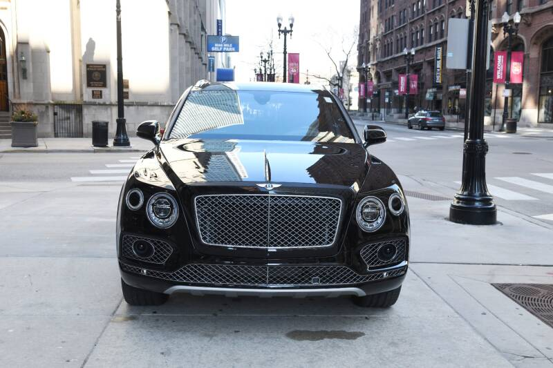 2018 Bentley Bentayga Mulliner Edition (image 3)