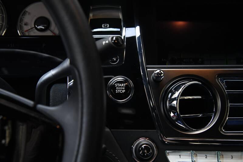 2018 Rolls-Royce Wraith (image 19)