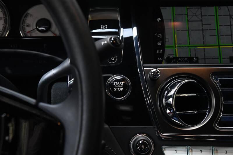2018 Rolls-Royce Wraith (image 18)