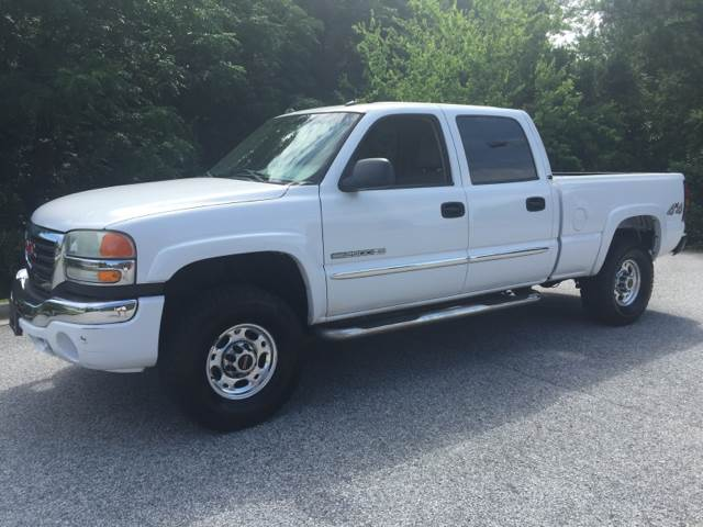 2005 GMC SIERRA 2500HD SLT 4DR CREW CAB 4WD SB white slt 4x4 60 gas heated leather seats brand n