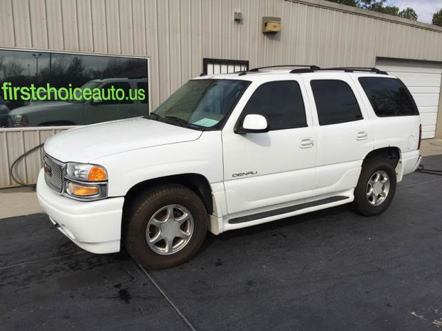 2004 GMC YUKON DENALI AWD 4DR SUV white trailer hitch running boards front air conditioning fr