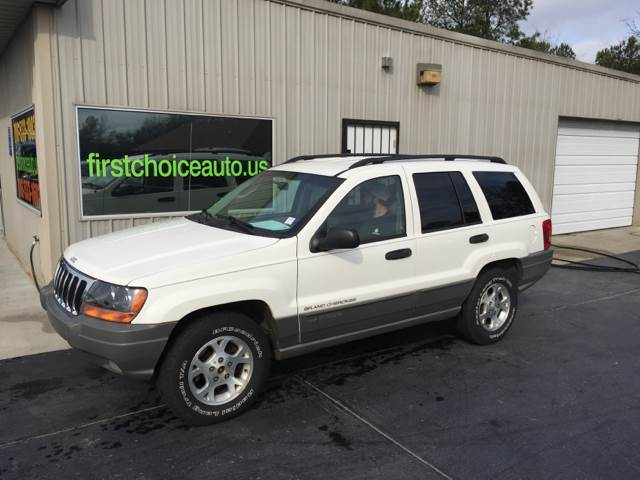 2002 JEEP GRAND CHEROKEE LAREDO 2WD 4DR SUV white 2500 cash only call 866-402-9704 front air co