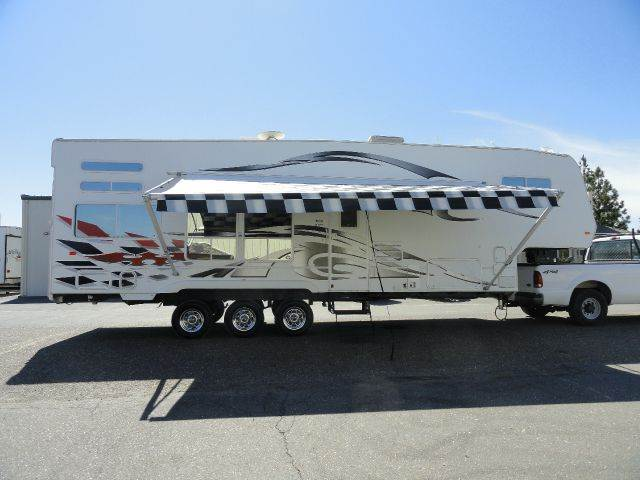 2006 Weekend Warrior 3305 for sale at AMS Wholesale Inc. in Placerville CA