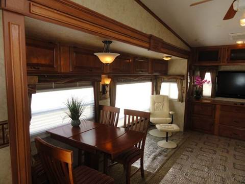 2009 Jayco Designer for sale at AMS Wholesale Inc. in Placerville CA