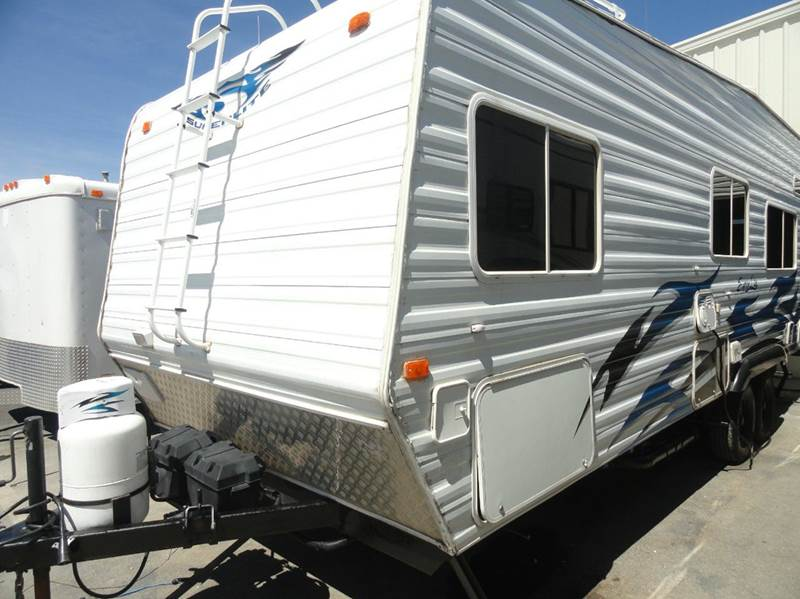2006 Weekend Warrior FS2300 for sale at AMS Wholesale Inc. in Placerville CA