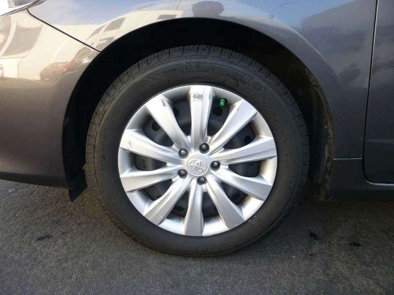 2012 Toyota Corolla LE 4dr Sedan 4A - Hayward CA