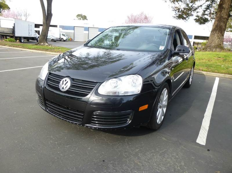 2010 Volkswagen Jetta for sale at Newmax Auto Sales in Hayward CA