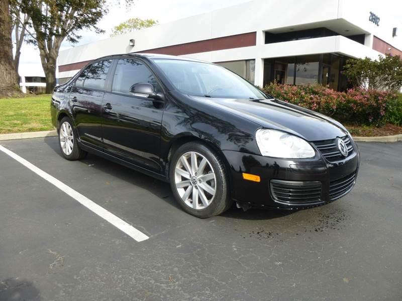 2010 Volkswagen Jetta Wolfsburg Edition PZEV 4dr Sedan 6A - Hayward CA