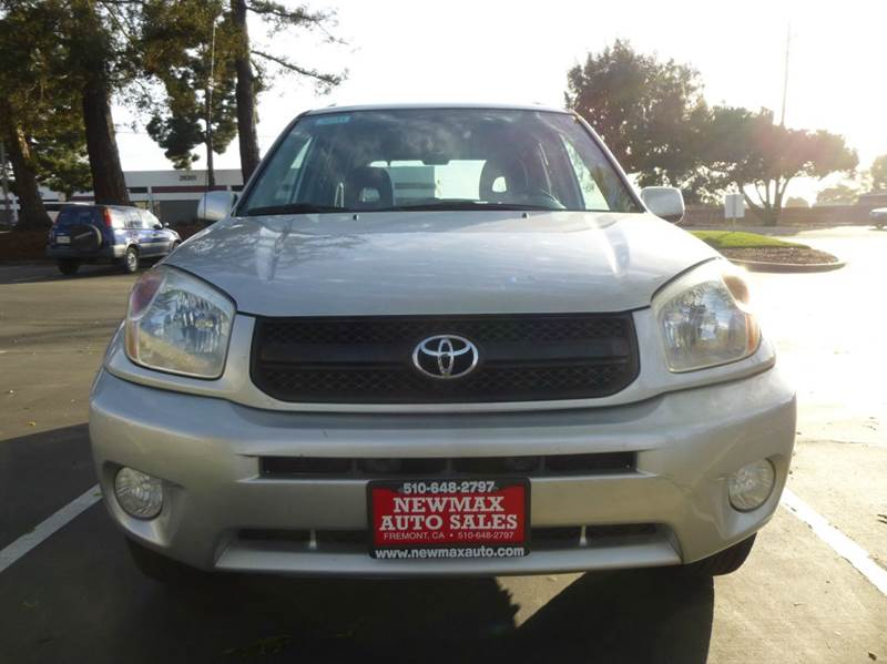 2005 Toyota RAV4 for sale at Newmax Auto Sales in Hayward CA
