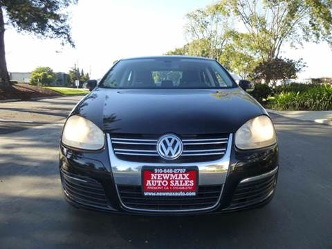 2005 Volkswagen Jetta for sale at Newmax Auto Sales in Hayward CA