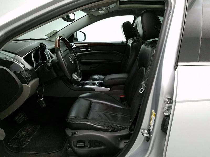 2010 Cadillac SRX for sale at Midwest Motors in Indianapolis IN
