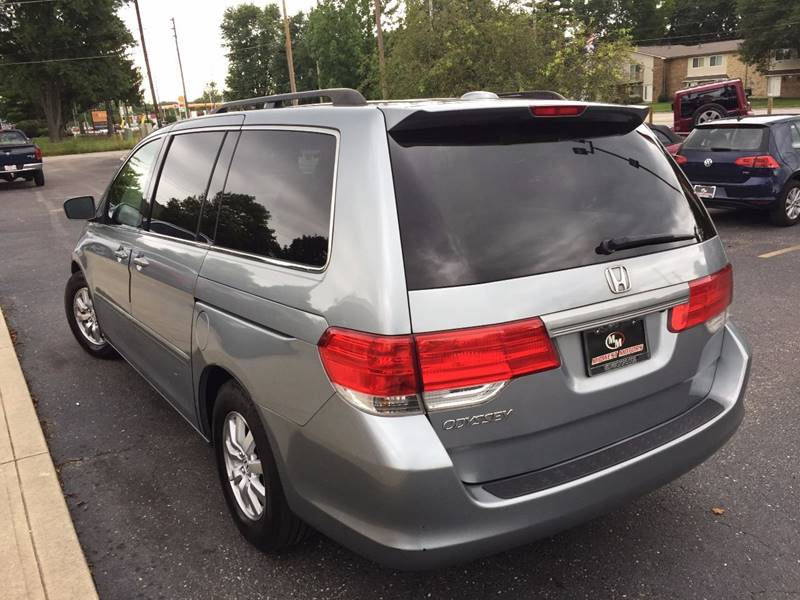 2009 Honda Odyssey for sale at Midwest Motors in Indianapolis IN