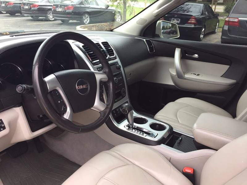 2008 GMC Acadia for sale at Midwest Motors in Indianapolis IN