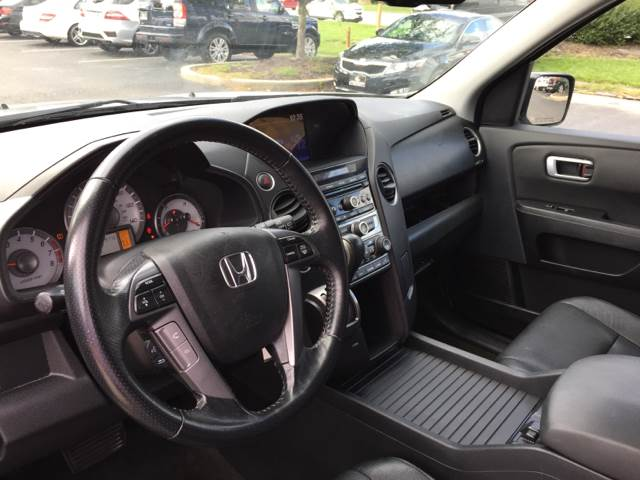 2013 Honda Pilot for sale at Midwest Motors in Indianapolis IN