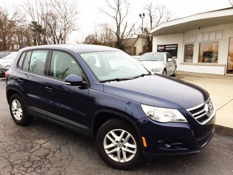 2011 Volkswagen Tiguan for sale at Midwest Motors in Indianapolis IN