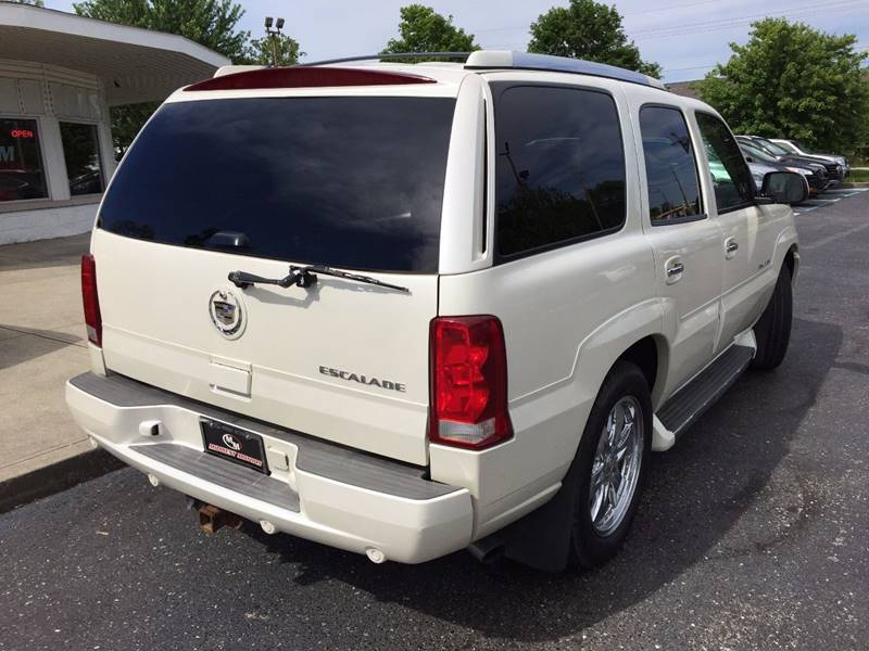 2006 Cadillac Escalade for sale at Midwest Motors in Indianapolis IN