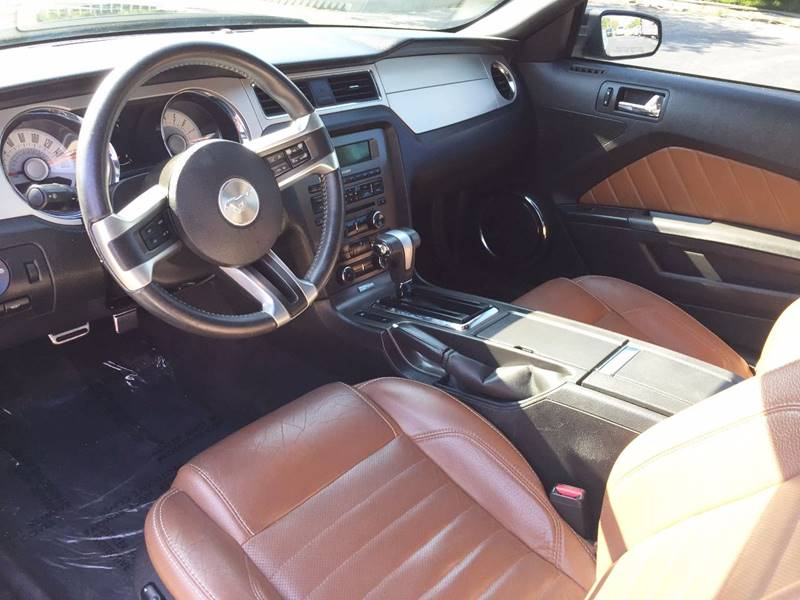 2011 Ford Mustang for sale at Midwest Motors in Indianapolis IN
