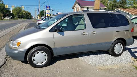 2000 Toyota Sienna for sale in Wooster, OH