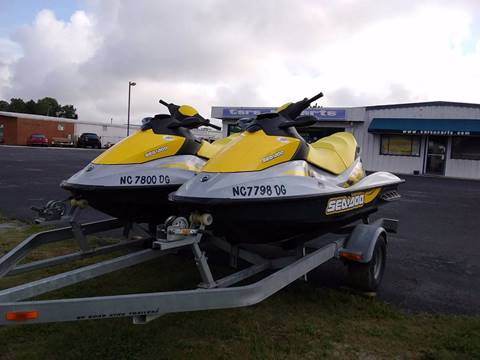 2006 Sea-Doo GTI SE Jet skis