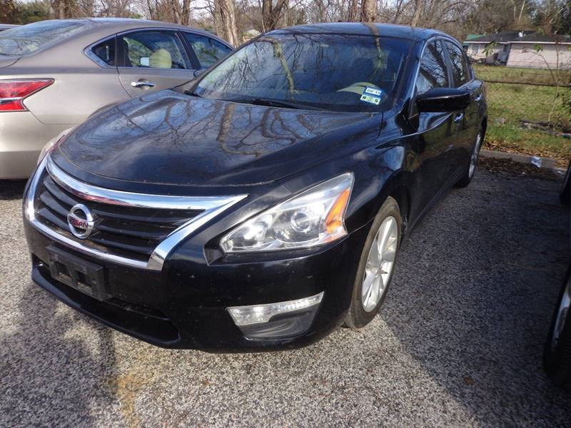 2013 NISSAN ALTIMA 25 black door handle color - chrome front bumper color - body-color grille