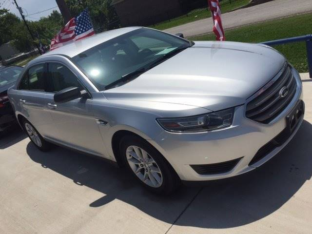 2013 FORD TAURUS SE 4DR SEDAN silver exhaust - dual tip door handle color - body-color exhaust
