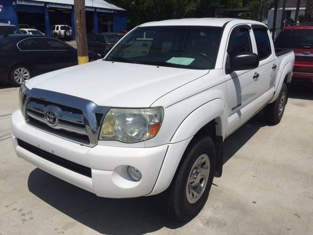 2010 TOYOTA TACOMA PRERUNNER V6 4X2 4DR DOUBLE CAB white all prices are wac customers must fin
