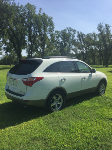2010 Hyundai Veracruz Limited 4dr Crossover - Junction City KS