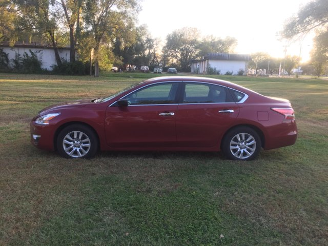 2015 Nissan Altima 2.5 S 4dr Sedan - Junction City KS