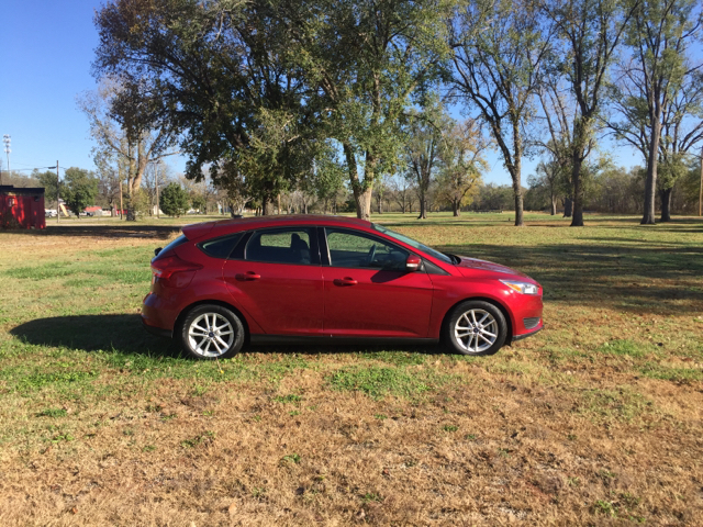 2016 Ford Focus SE 4dr Hatchback - Junction City KS