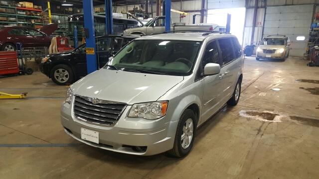 2010 Chrysler Town and Country Touring 4dr Mini-Van - Appleton WI